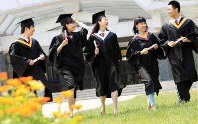 去美国留学读商科硕士需要花多少钱?